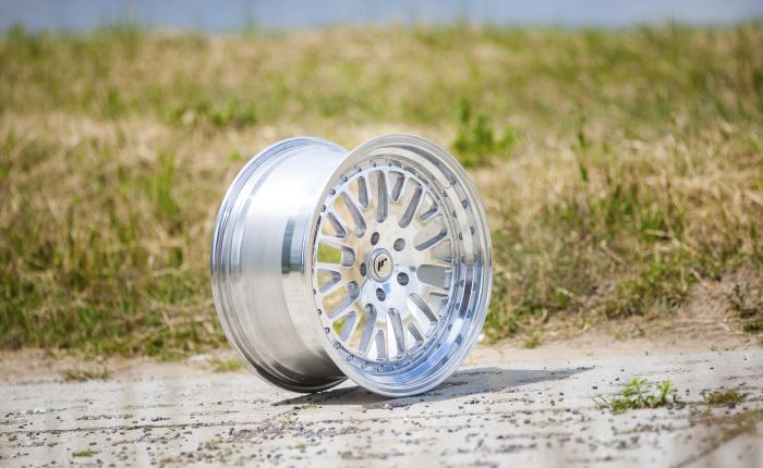 Japan Racing Wheels JR10 Full Polished 18*8.5