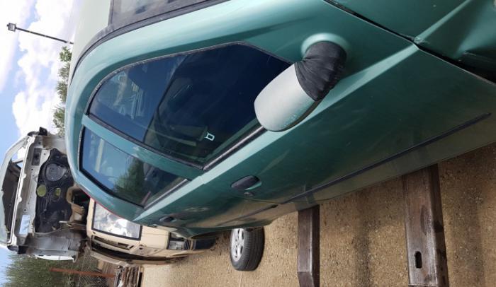 Ολόκληρο αυτοκίνητο για ανταλλάκτικα από Fiat pundo 2003 188A4000...