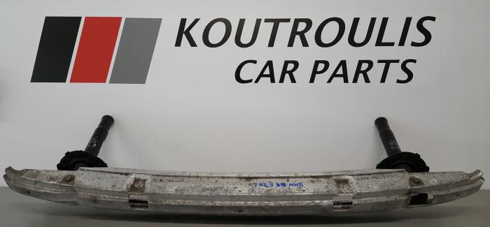 BMW E39 1995-2003 ΒΑΣΕΙΣ ΤΡΑΒΕΡΣΑΣ